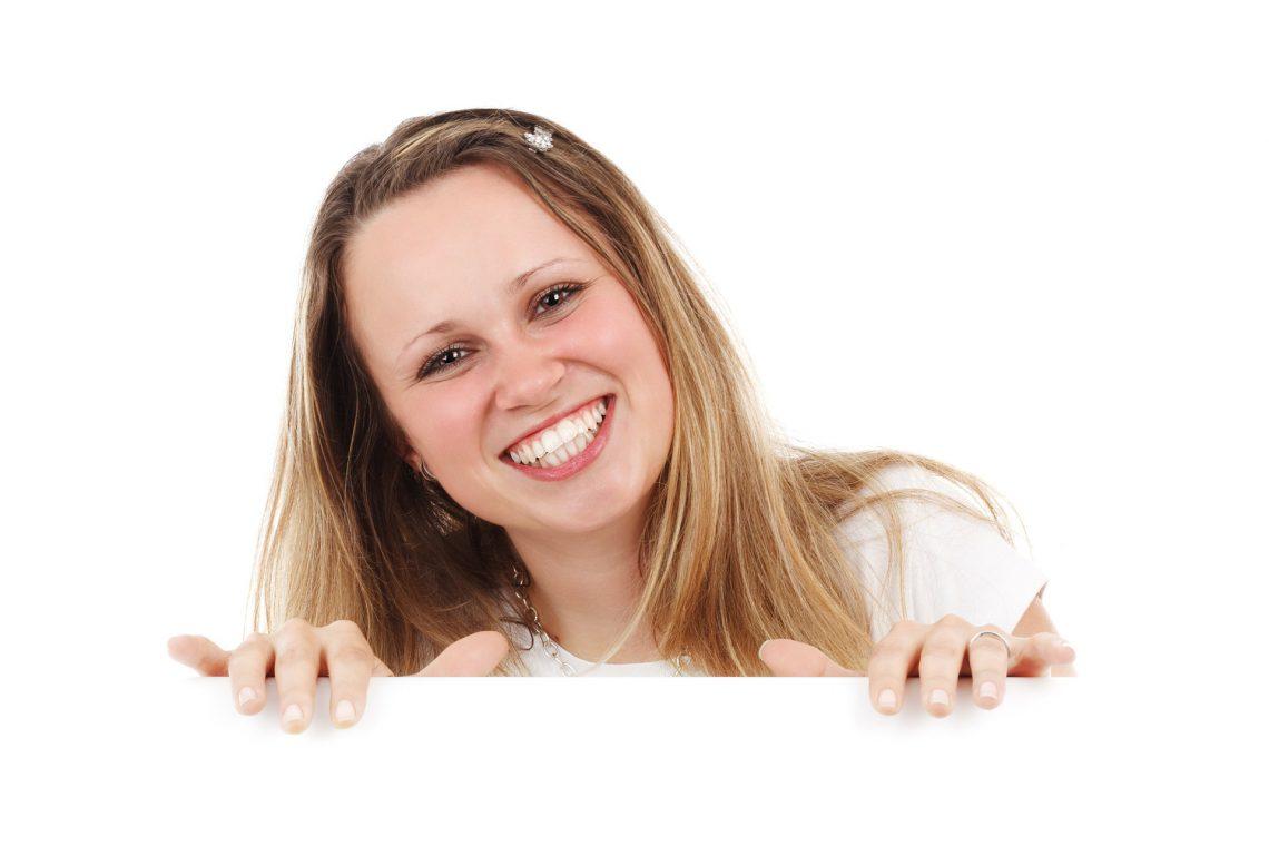Higiene bucodental: etapas de la mujer