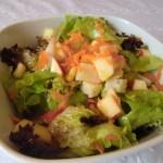 ensalada-con-manzana-y-queso-curado