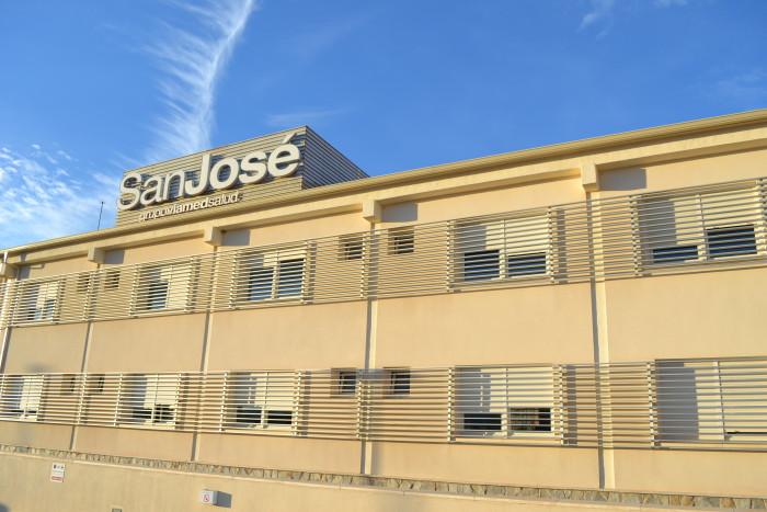 Tratamiento con microespuma para las varices en el Hospital Viamed San José