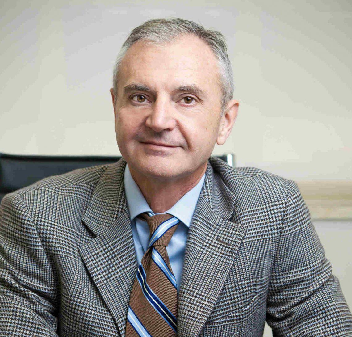 """Entrevista al Dr. Bartolomé Lloret: """"Muchos varones padecerán andropausia en el futuro"""""""