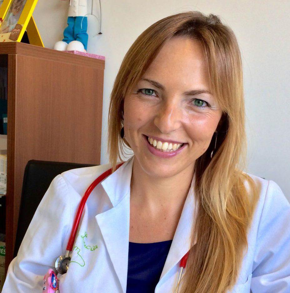 """Entrevista a la Dra. Lucía Galán: """"La causa más frecuente de ganglios aumentados son las infecciones"""""""