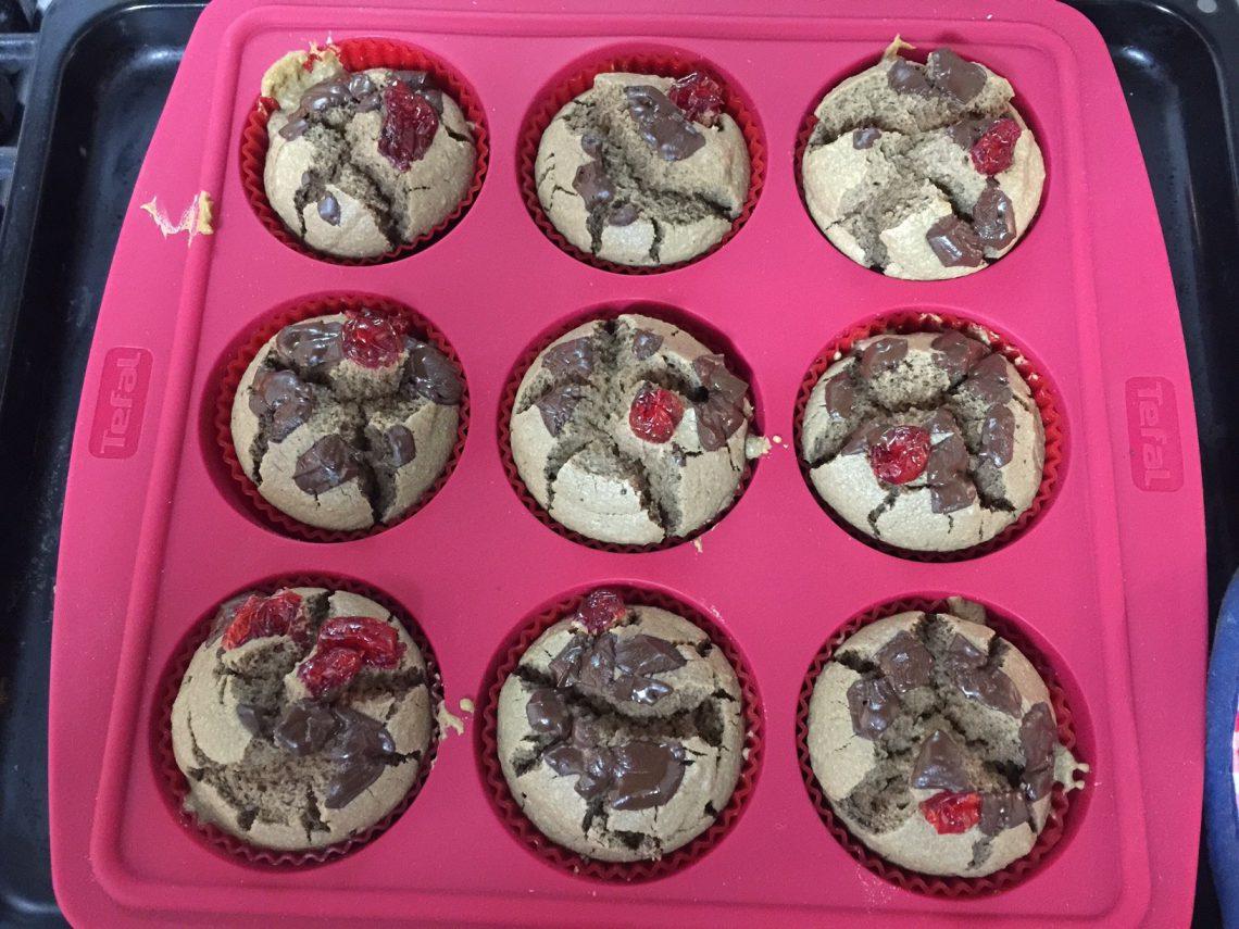 Muffins de harina de avena y chocolate
