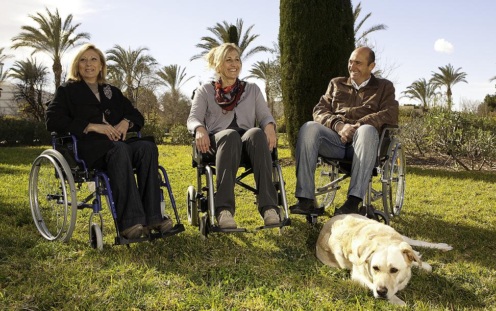 Marlo Rolli Wear: Pantalones para personas con discapacidad