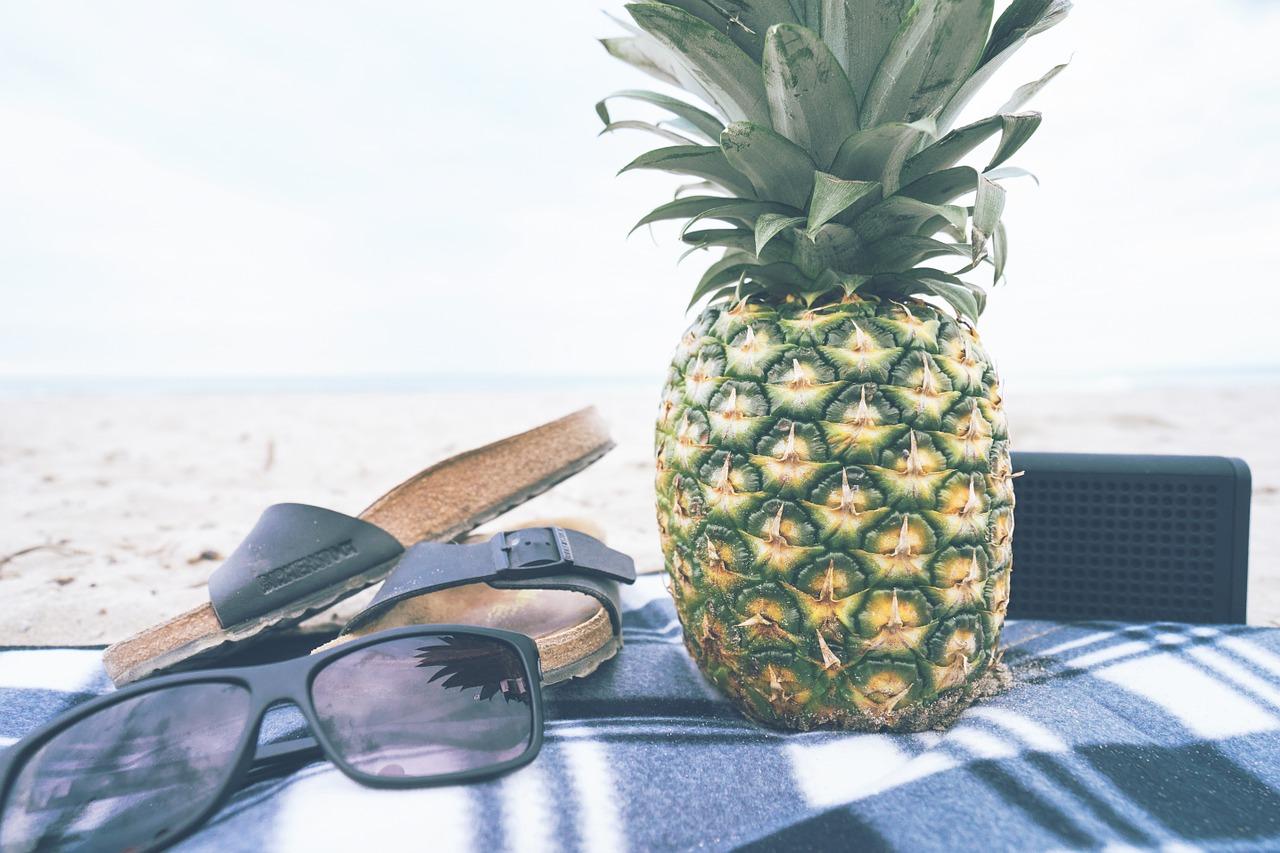 pineapple-918877_1280