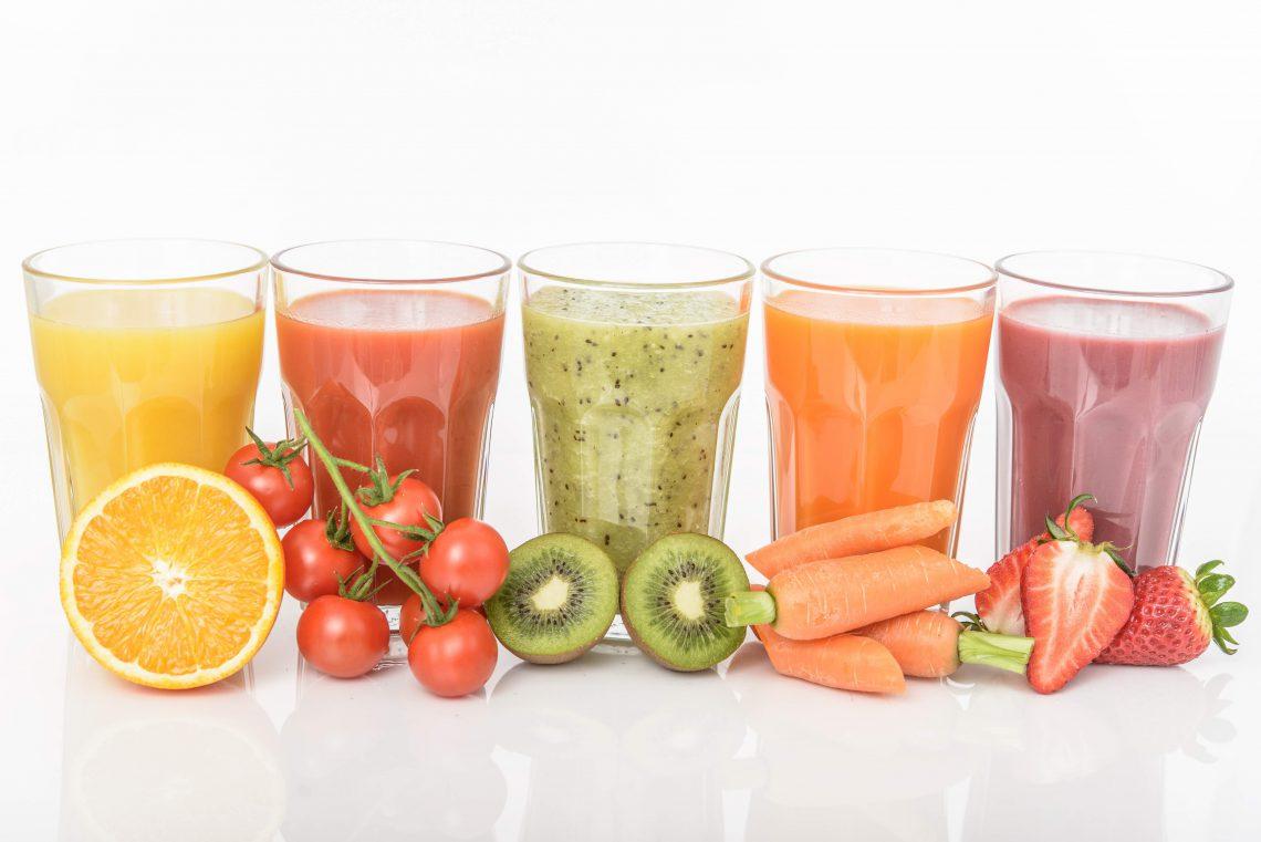 En verano incorpora smoothies caseros en tu dieta