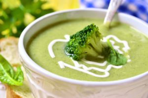 Cream of broccoli, a super food, easy to cook and very rich.