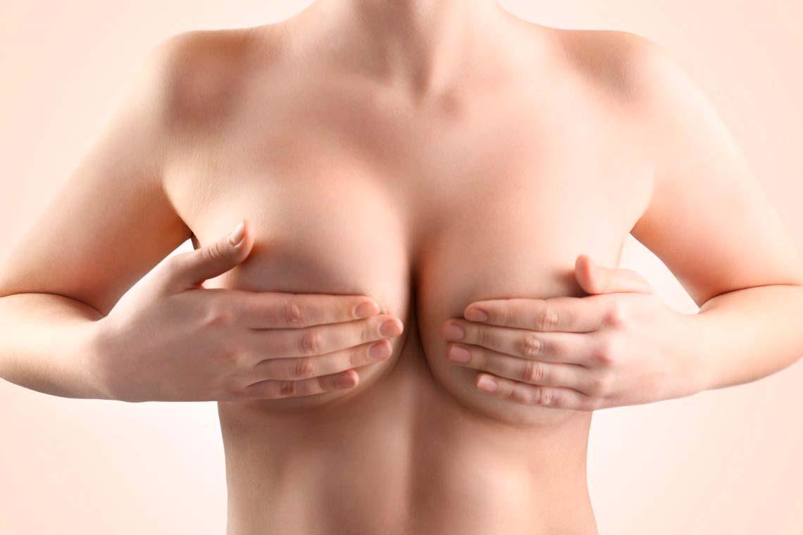 Los chichones del lúpulo influyen sobre el aumento del pecho