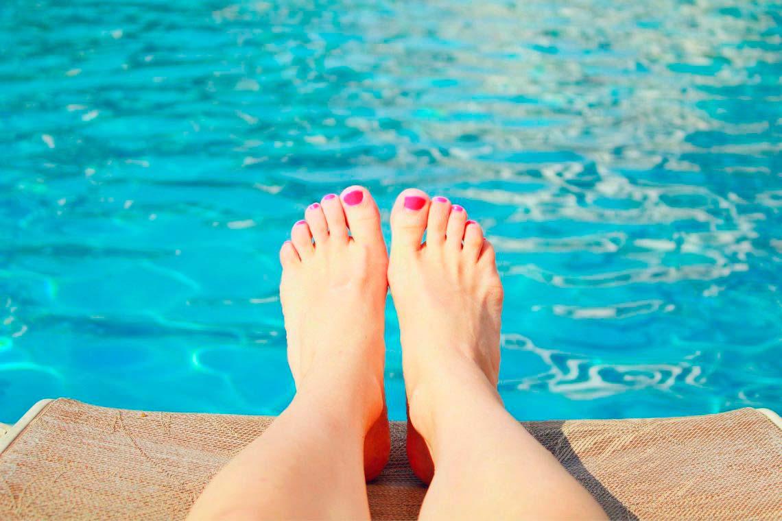 Hongos en la piscina: cómo evitarlos y tratarlos