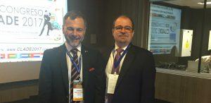 Foto Portada: Dr. Leonardo Fernández y Dr. Carlos Laria