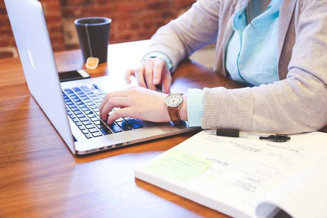 Picar sano en la oficina, ¿es posible?