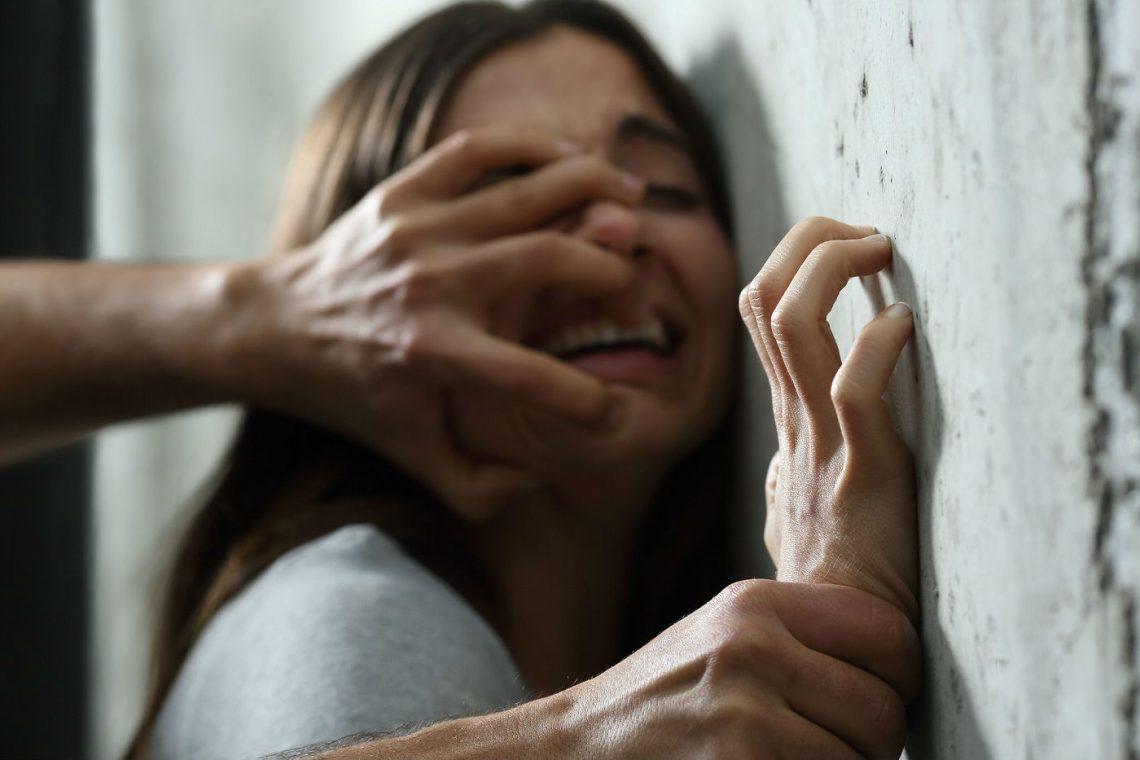Violadores en manada: como son y cómo actúan