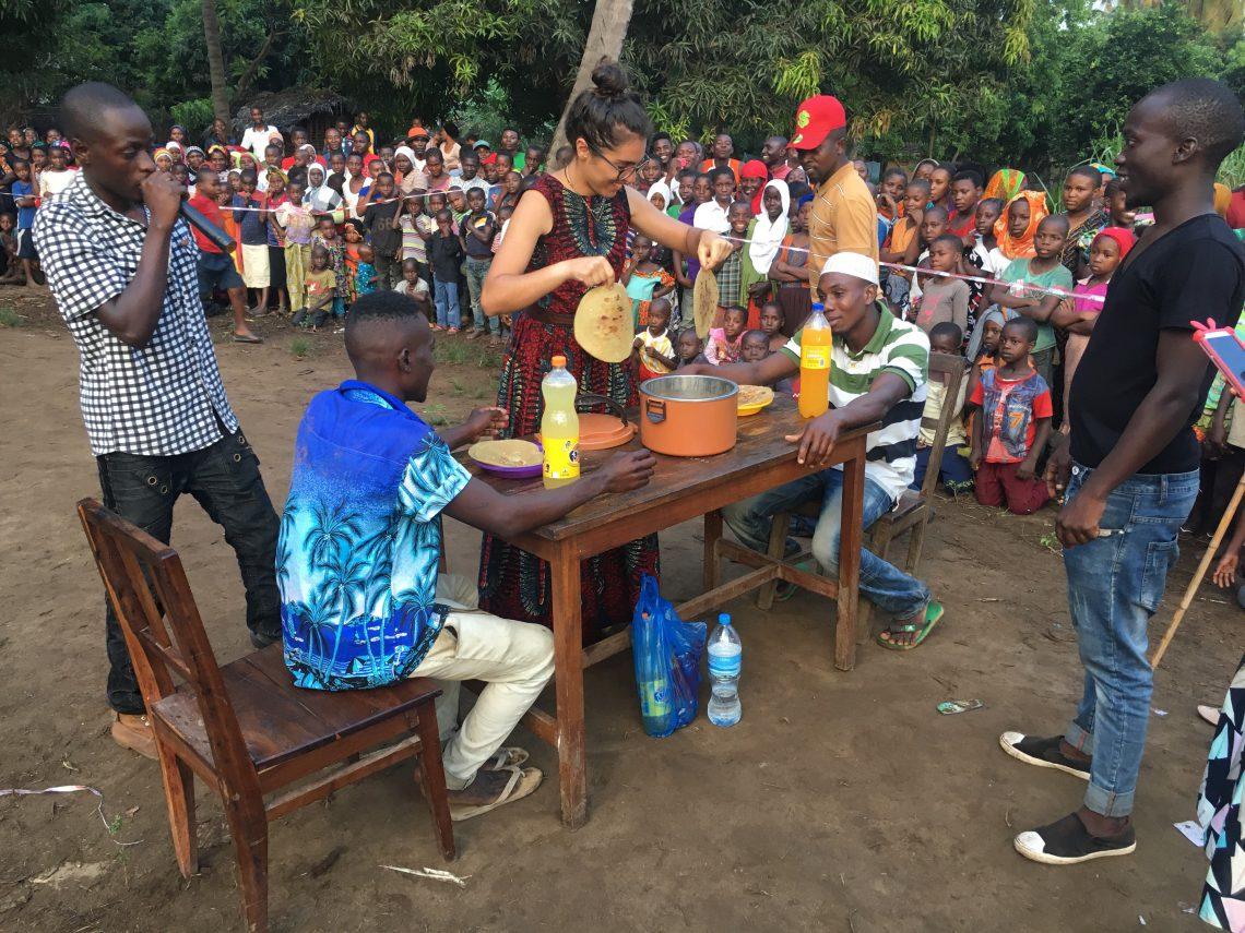 Manuela cooperante con Raleigh Tanzania