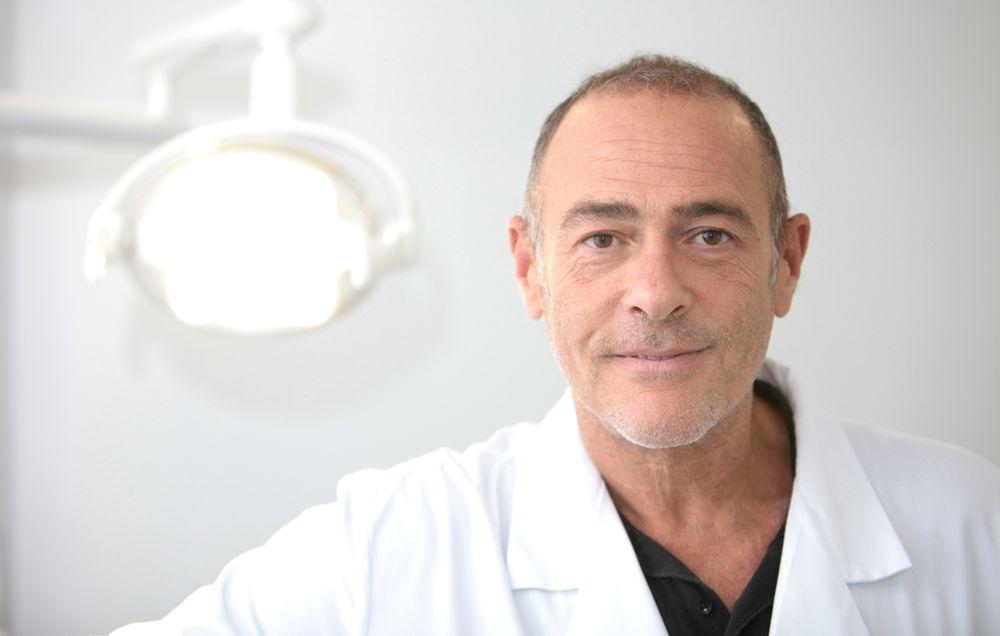 """Dr. Rubén Davó: """"Las lesiones de la boca pueden alertarnos sobre estados nutricionales deficitarios"""""""