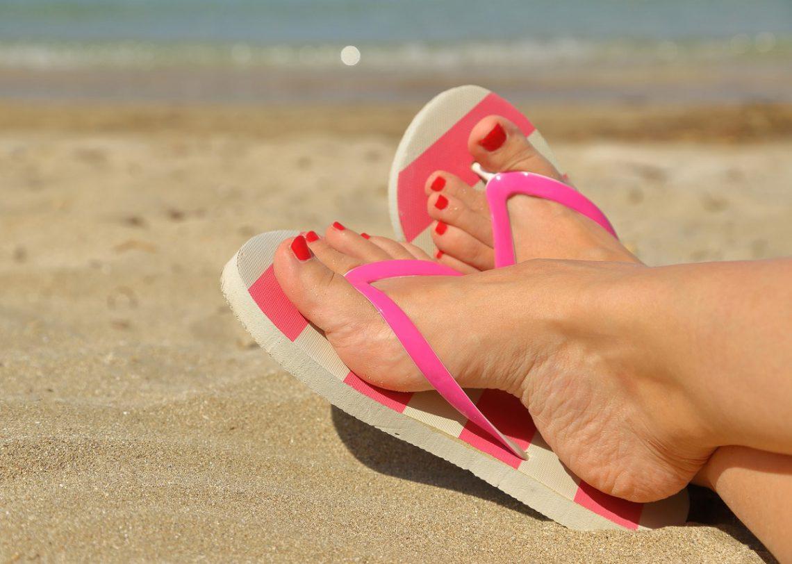Cómo mantener unos pies saludables en verano