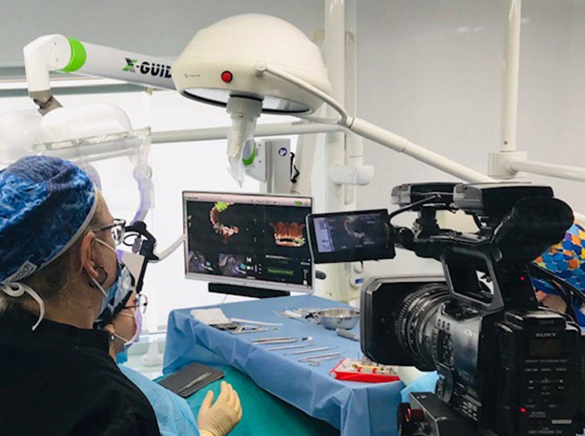 La Dra. Carmen Pomares ha estado recientemente en Zurich para traer lo último para implantología avanzada guiada