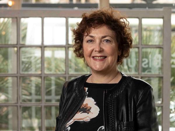 Mª Isabel Moya: ganar el respeto de compañeros y pacientes fue difícil, sobre todo cuando te ven joven, mujer e inexperta