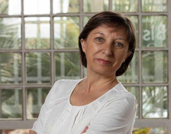 Carmen Lizán: ponernos el cartel de supermujeres y cargar todo sobre nuestras espaldas no nos hace más fuertes