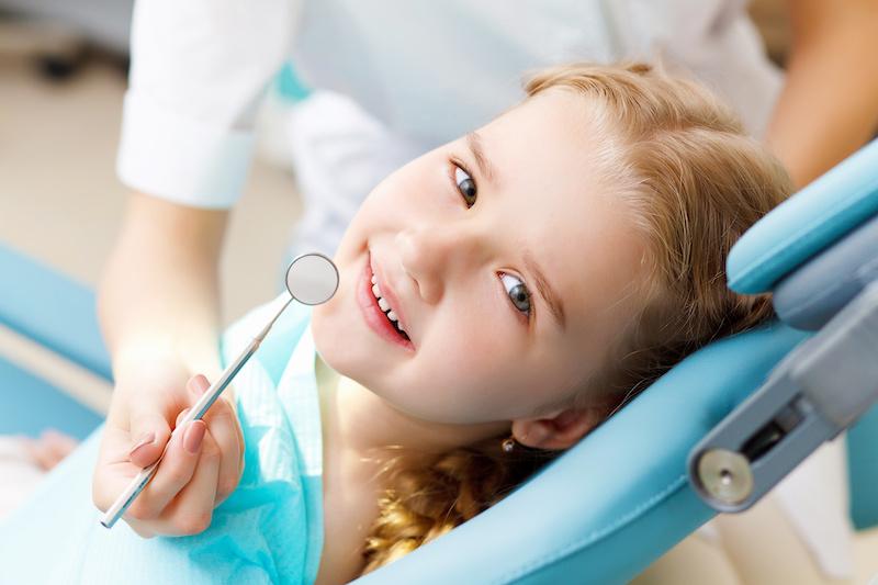 Revisión dental gratuita en Quirónsalud Alicante